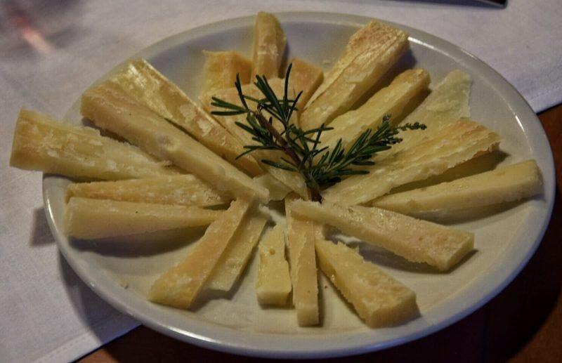 cheese in sardinia